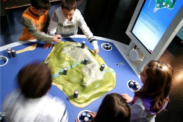 expositions pour les jeunes sur les énergies renouvelables