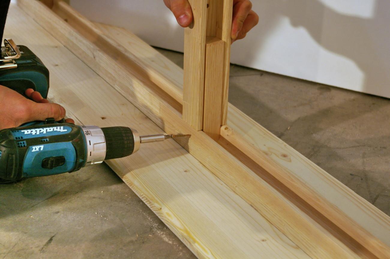 Profilé en bois pour ossatures de cloison