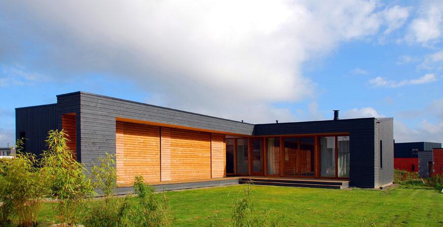 Situ e en ille et vilaine cette maison individuelle est for Constructeur de maison en bois ille et vilaine