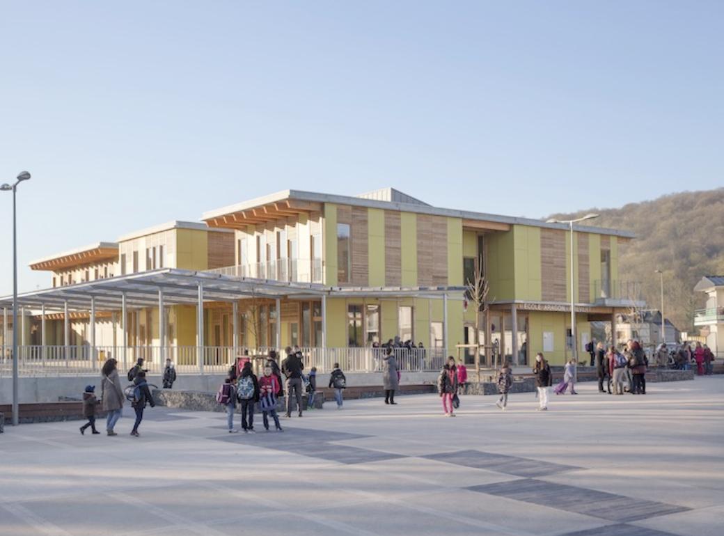 Prix « Bâtiment Publics Education et culture » : Ecole élémentaire Aragon - Le Houlme, Architecte : Atelier Bettinger Desplanques