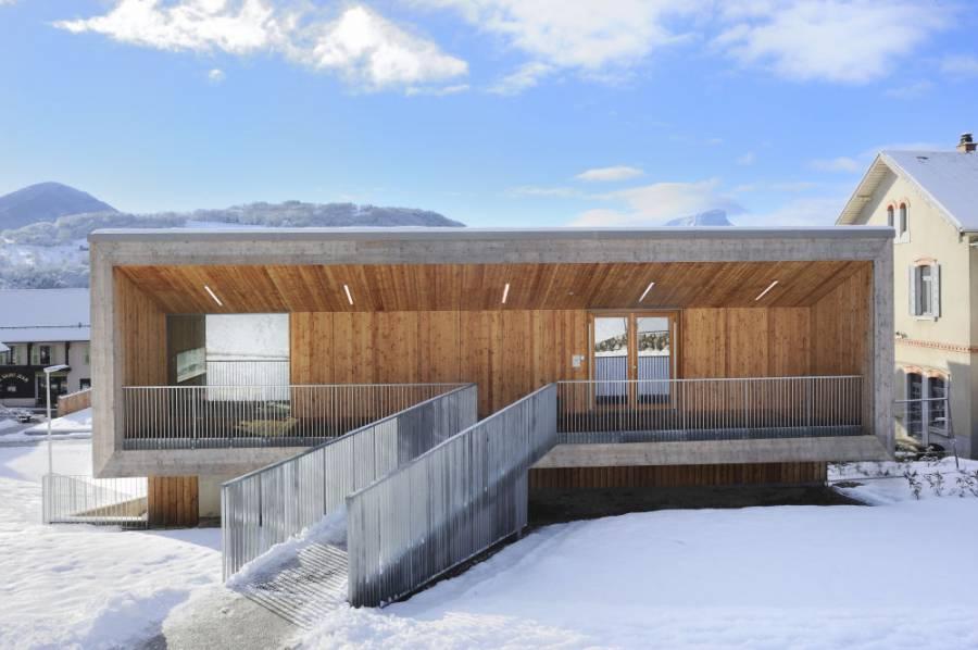 """""""Centre communal multifonctionnel"""" de Saint-Jean-d'Arvey par Vincent Rocques architecture - projet bois"""